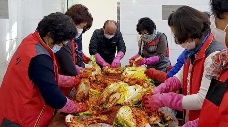 대양면자원봉사회, 사랑의 김장 담그기 행사