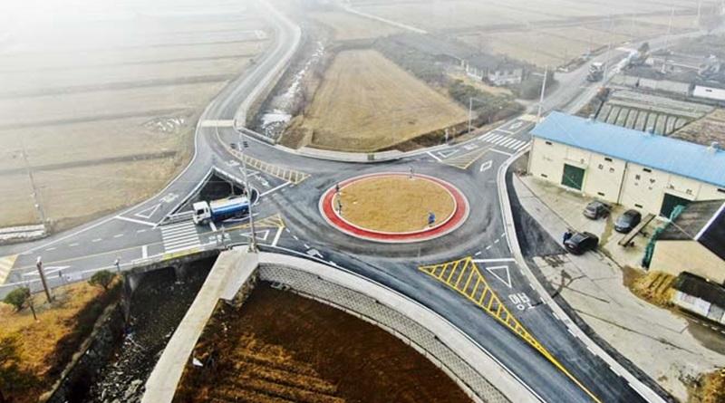 회전교차로로 안전한 교통환경 조성